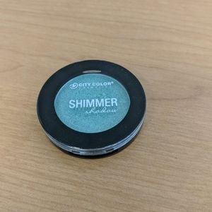 City Color Makeup - Green shimmer shadow